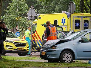 Vrouw gewond bij aanrijding Holysingel