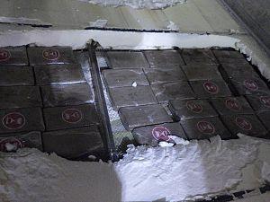 Douane vindt 75 kilo cocaïne in bodem koelcontainer