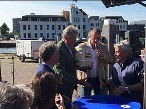 Vaatje 'Maassluise Nieuwe' voor €5.550 geveild