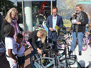 Een fiets voor 550 kinderen