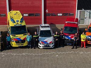 Nieuwe strepen op voertuigen hulpverleningsdiensten