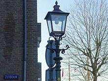 Historische straatverlichting hersteld na blikseminslag