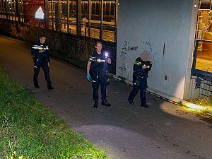 Man met vuurwapen bedreigd en beroofd bij metrostation