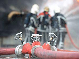Stankoverlast door brand op schip Botlek