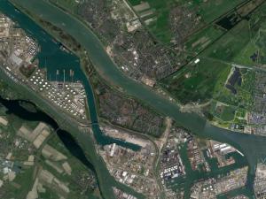 NL Alert wegens rookoverlast brandend schip