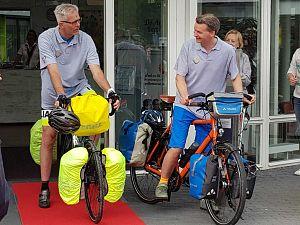 Medewerkers Argos Zorggroep fietsen voor het goede doel!