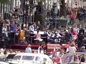 Alternatief gondelvaart: 'Schiedam vaart en zwaait'