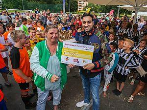 Southbeach Schiedam haalt bedrag op voor Het Vergeten Kind
