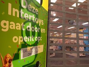 Intertoys weer open