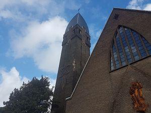 Toren Heilig Hartkerk hersteld
