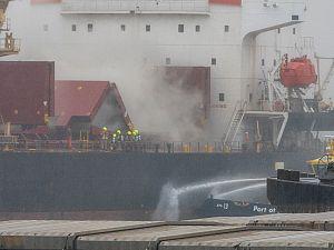 Schiedam merkt weinig van scheepsbrand Waalhaven