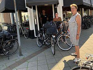 Fietsen en laptops voor Babyhuis Schiedam