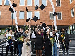 Feest bij Lentiz   VMBO LIFE College: 98 procent geslaagd