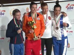 Nouchka Fontijn bewijst opnieuw dat zij de beste van de wereld is en verslaat de wereldkampioen