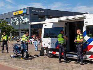 Voertuigcontrole op 's-Gravelandseweg
