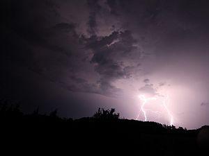 KNMI waarschuwt opnieuw voor onweersbuien