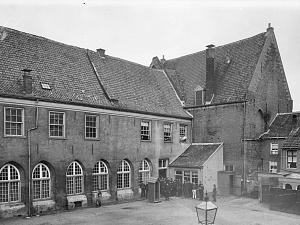Geschiedenis van het Broederenklooster en Nieuwstad Zutphen lezing door stadsarcheoloog Michel Groothedde