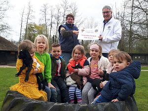 Zutphense kinderboerderij ontvangt Lions waarde-cheque