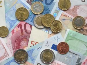 VVD gaat werk en inkomen regelen; GroenLinks de financiën