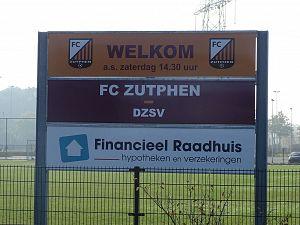 Jesse de Vries schiet FC Zutphen naar 4-1 overwinning op DZSV.