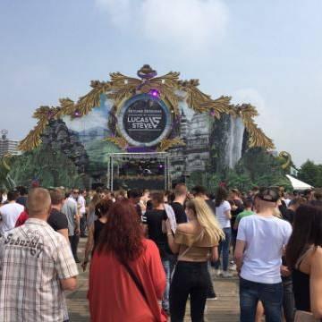 Essential trekt duizenden festivalgangers