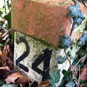 Frans Timmermans: 'Vergeten hectometerpaaltje'