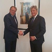 Koos Karssen beëdigd als waarnemend burgemeester