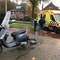 Scooterrijders lichtgewond na aanrijding