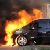 Mysterie: vijf autobranden in één nacht