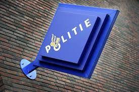 Politie-medewerkers buiten functie gesteld