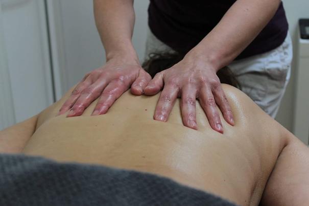 Vijftien procent korting op een massage naar keuze