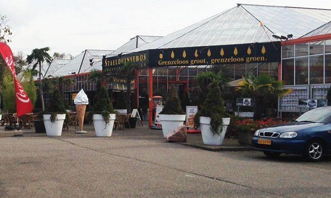 Faillissementsuitverkoop tuincentrum Staelduinsebos