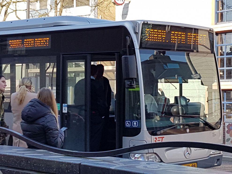 Politie arresteert agressieve buspassagier