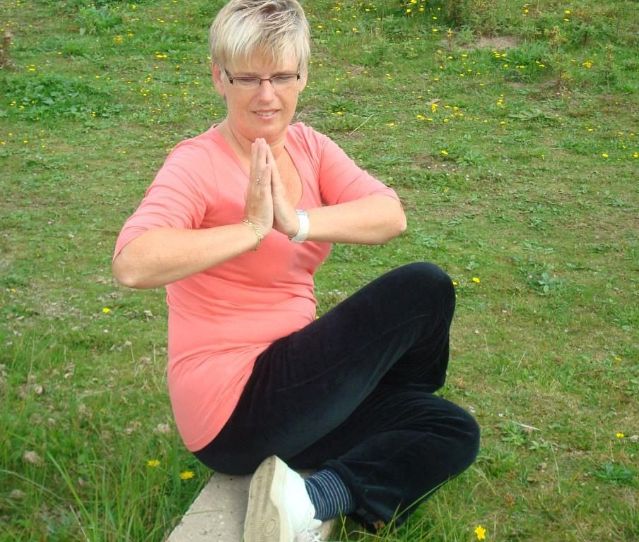 Lichte Yoga in Holy