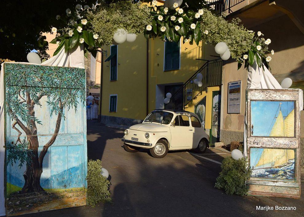 VIDV: Het dorp met de beschilderde deuren