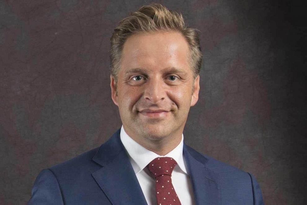Vicepremier Hugo de Jonge op campagne in Vlaardingen