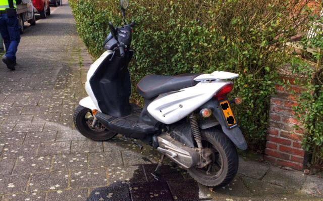 Scooter verwijderd: olielek
