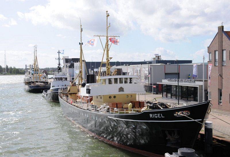 Nieuwe masten voor Rigel