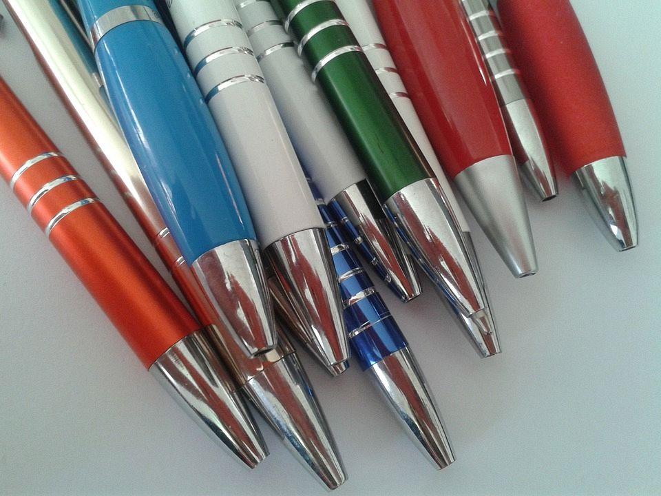 Iedereen gaat wennen aan het verzamelen van pennen