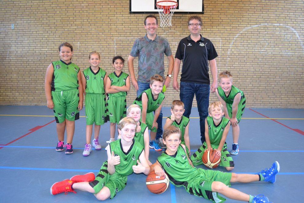 Under 10 jeugd eerste kampioen