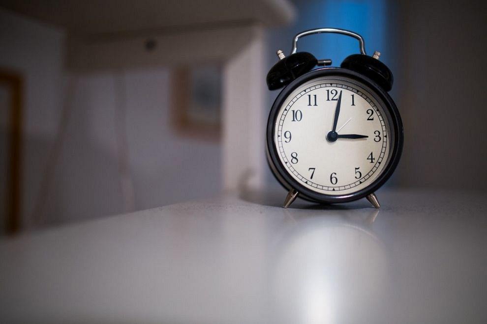 Zomertijd: klok vooruit zetten!