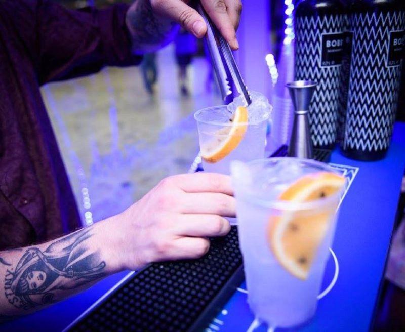 Bartenders leren je om de perfecte gin-tonic te maken