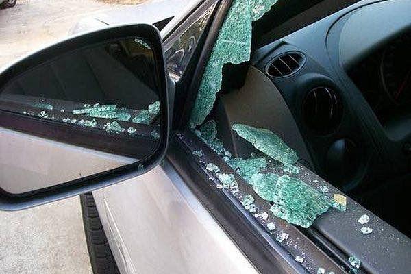 Arrestaties na reeks auto-inbraken