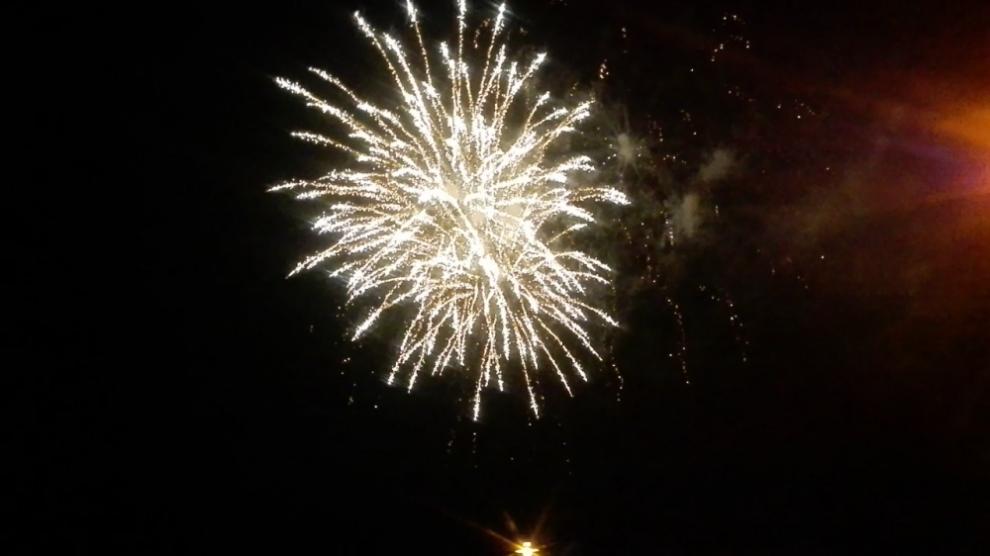 Gratis vuurwerkbrillen uitgedeeld in Zutphen