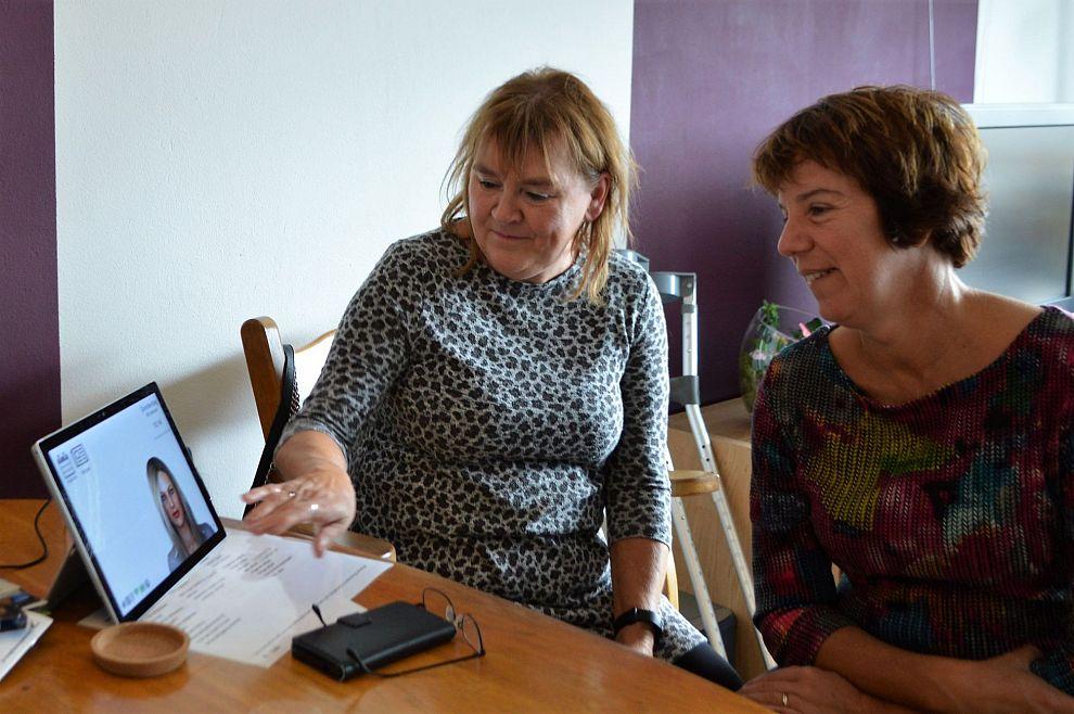 Uniek in Nederland: Virtuele assistent helpt Zutphense mensen thuis en in zorginstellingen